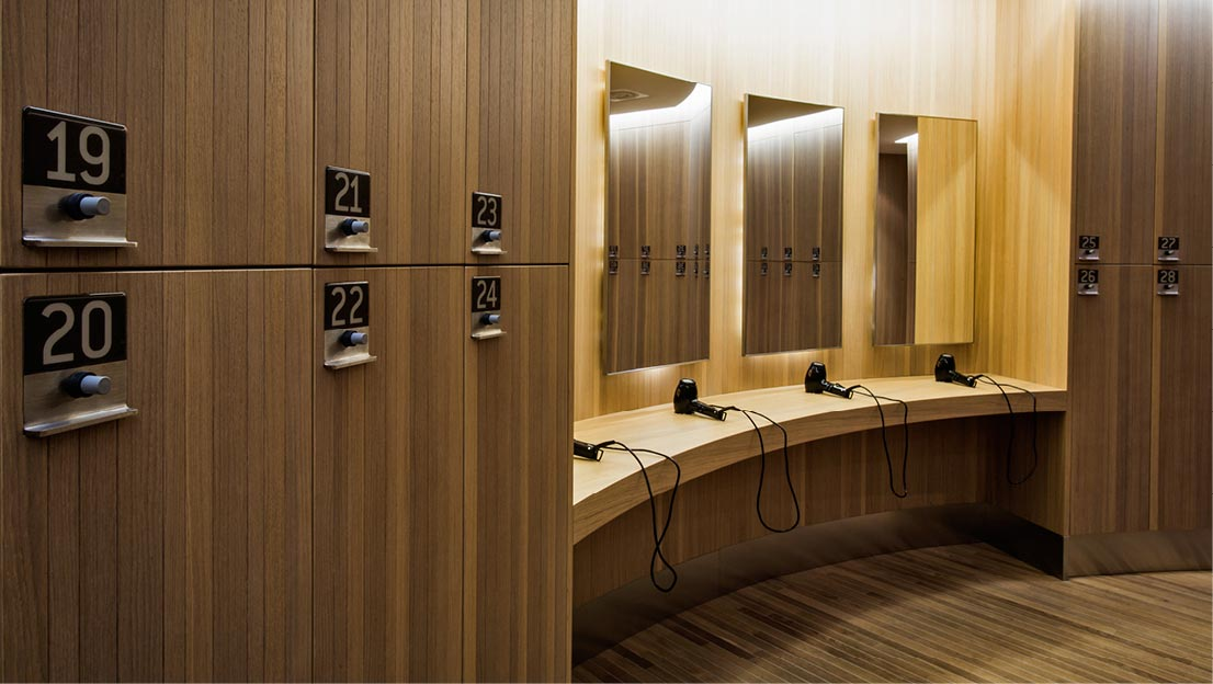 Technogym village fit interiors arredamento spogliatoi for Antonio citterio architetto