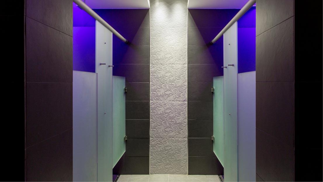 Docce, box doccia, box WC, lavabi, mensole, specchi